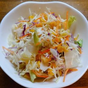 市販のサラダを白菜で増量サラダ