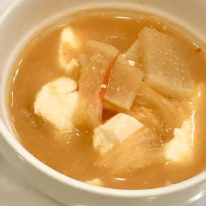 キムチと大根と豆腐の味噌汁♪