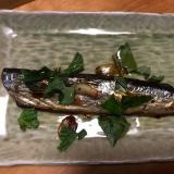 秋刀魚のバジルガーリックオイルがけ