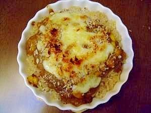 玄米でガーリックライスのチーズカレードリア