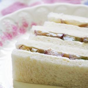 ぶどうのフルーツサンドイッチ☆ ピオーネ♪