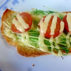☆水菜とトマトのチーズマヨトースト☆