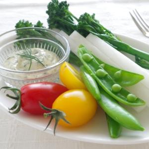 野菜がもっと食べたくなる♪ディルマヨネーズディップ