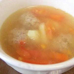 野菜たっぷり ミートボール入りスープ