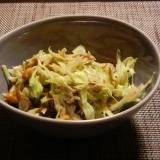 納豆とキャベツともずくのサラダ