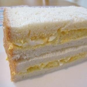 濃厚~♪クリームチーズと卵のサンドイッチ
