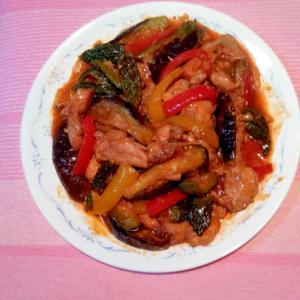 鶏肉と夏野菜のトマト煮込み