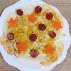 お餅生地がカリもちꕤ バターコーンピザ