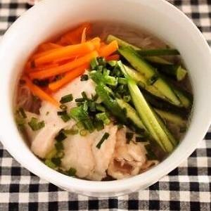 ゆで鶏冷麺