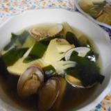 あさりとタケノコ、蕗、若布のスープ