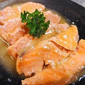 サーモンの塩麹ソース焼き