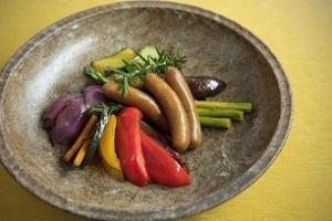 ソーセージと野菜のオリーブオイル蒸し