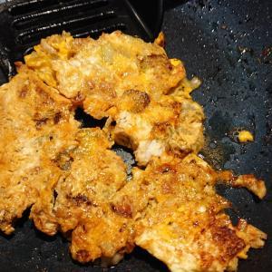 鶏皮セロリの卵焼き