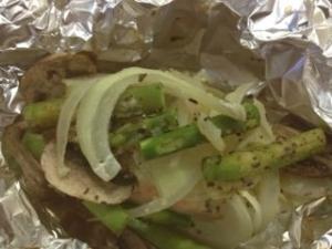 野菜たっぷりのサーモンのホイル焼き