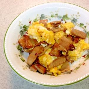 焼き豚と卵の炒め物