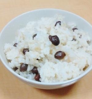 米・塩・むかごだけで作る、むかごご飯