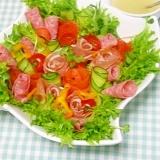 彩りサラダのフラワーアレンジメント仕立て