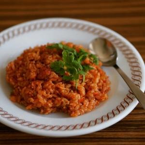 トマトジュースで 炊き込みジャンバラヤ