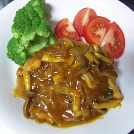 ハンバーグ〜野菜ジュースソース