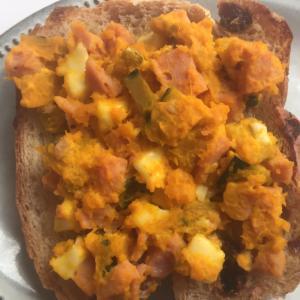 かぼちゃチーズスパムのトースト