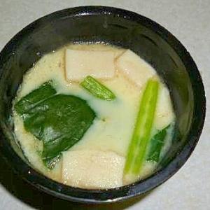 簡単!高野豆腐とほうれん草の茶碗蒸し