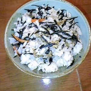 超簡単☆混ぜるだけ!残ったひじき煮で混ぜご飯!