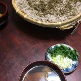 揚げと椎茸の深大寺蕎麦。