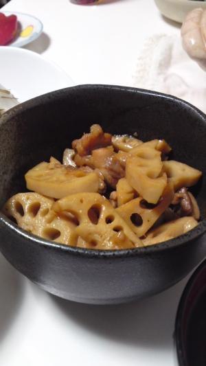 梅シロップで。レンコンと鶏肉の炒め煮