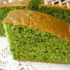 ほうれん草たっぷりでヘルシーな♪グリーンケーキ