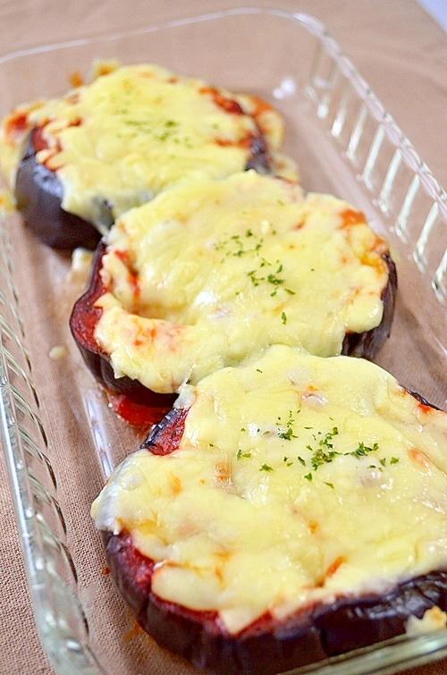 茄子もチーズもトロトロ~米茄子のピザソース焼き