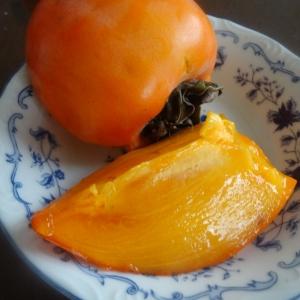 お手軽です♪とろりと甘~い渋抜き柿の作り方