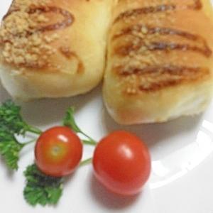 チーズの香り♪ ウインナーパン(HB生地)