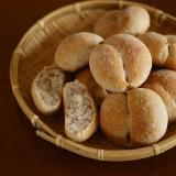 三十雑穀のブレッチェン(プチパン)