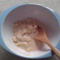 きなこパンがゆ(離乳食中期)