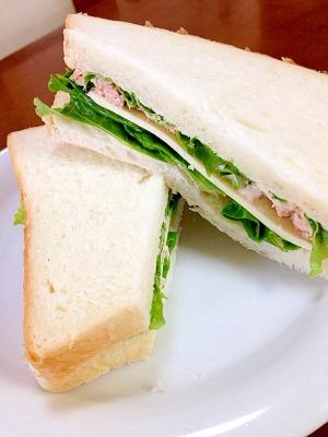 ツナチーズサンドイッチ