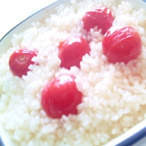 昆布ダシのトマトライス