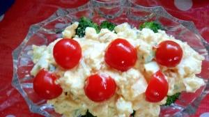 ちょっとしたお持て成しに卵とブロッコリーのサラダ