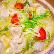 白菜たっぷり☆水餃子鍋