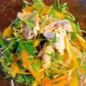 豚スライス肉と玉ねぎのサラダ