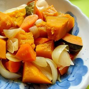 かぼちゃと人参玉ねぎの煮物