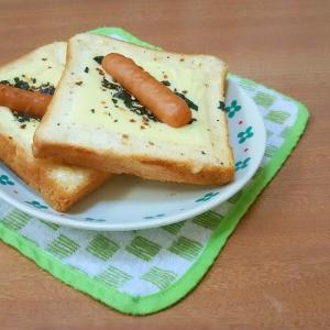 ウインナーのせ♪うま塩マヨドレチーズトースト★