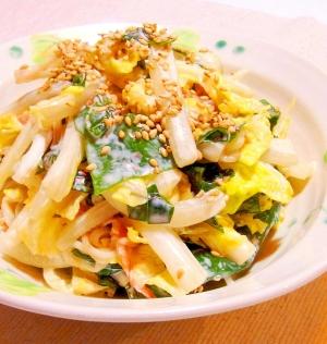 白菜とカニカマとわかめのサラダ