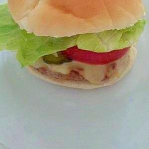 玉葱抜き☆TLT(トマトレタスチーズ)ハンバーガー