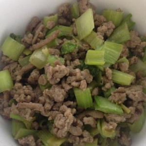 挽肉と小松菜炒め