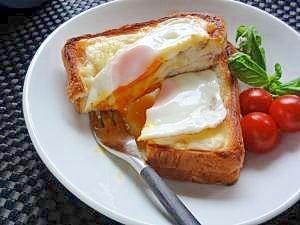 朝食にランチに♪クロックムッシュ&マダム