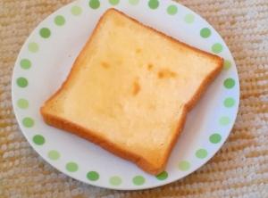 クリームチーズでひと味ふた味違うシュガートースト