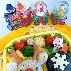 簡単キャラ弁☆赤鼻のトナカイさんのお弁当♪