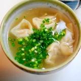 ワンタンのツルン食感が絶品!海老ワンタンスープ