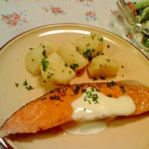 鮭のムニエル☆すこし美味しくなるひと手間。
