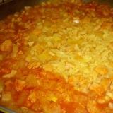 トマトジュースでフライパン炊き込みご飯